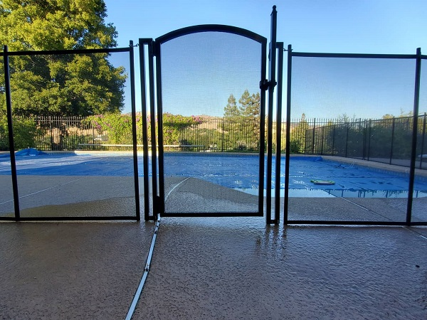 arched style life saver pool gate