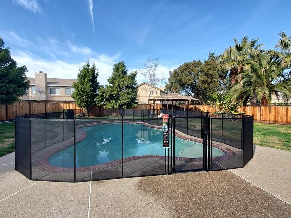 pool gates installation Dallas & Fort Worth, TX